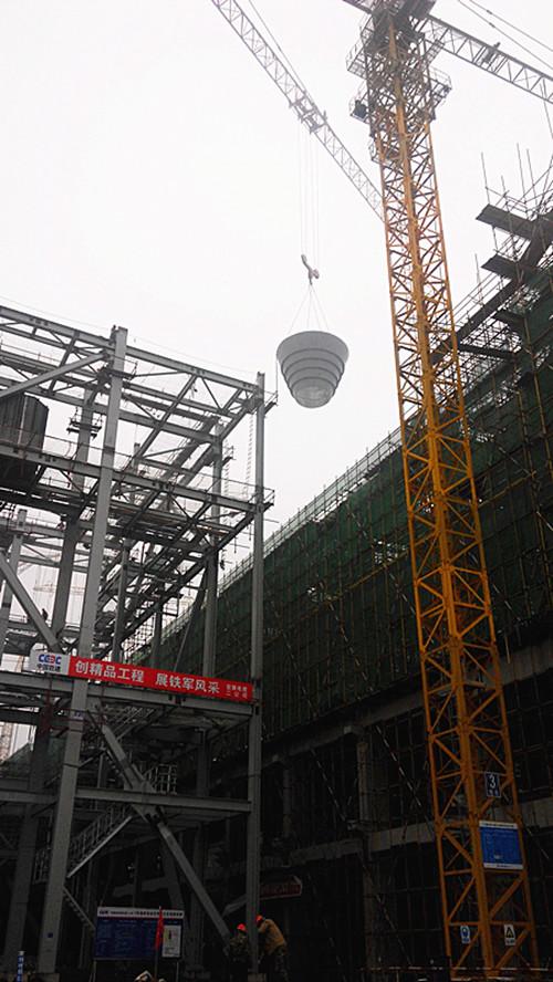 为下一步钢结构的吊装创造了